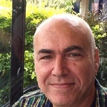 דוד אברמוב עצמאי יזם אינטרנט ויזם חבר
